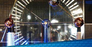 Digitale Analogität: Das Spannungsfeld unternehmerischen Erfolgs